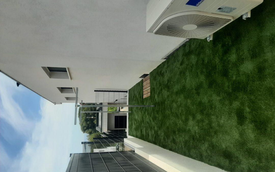 Installation de gazon synthétique